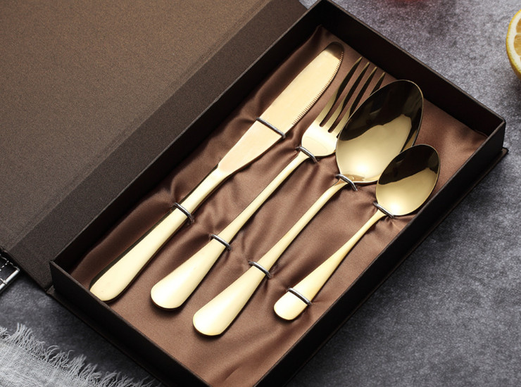 1010 Stainless Steel Cutlery Set Four Set Of Titanium Steak Cutlery
