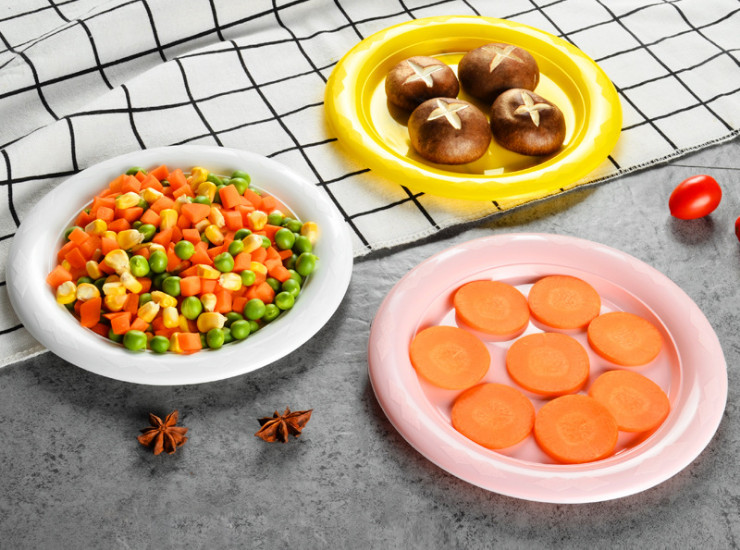 (Box/500) Disposable Plastic Plate Round Plate Thickened 18Cm Fruit Platter Restaurant Candy Snacks Melon Seeds Dish (Door Delivery Included)