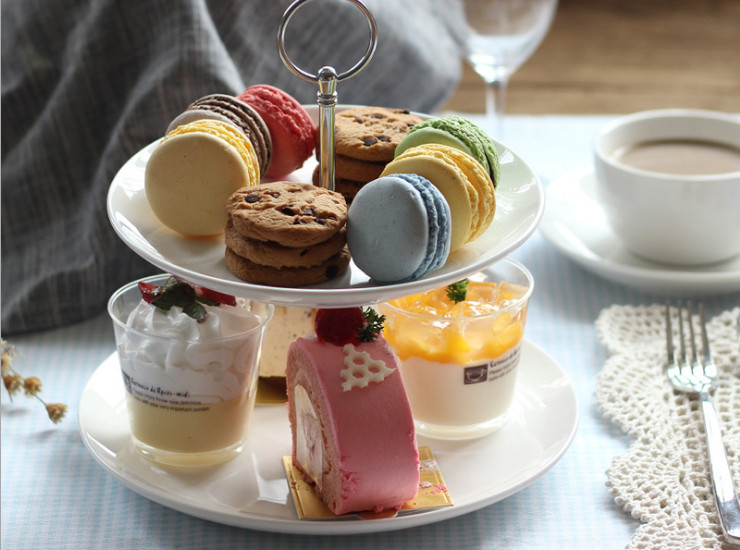 European Ceramic Double Cake Cake Afternoon Tea Fruit Dessert Plate Creative Wedding Fruit Restaurant Restaurant