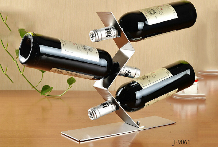 Stainless Steel Creative S-shaped Floating 3-holes Wine Rack Decoration Item