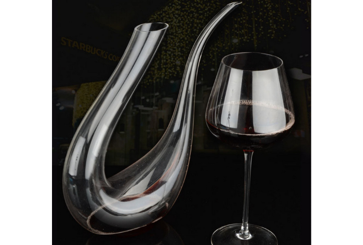 Lead-free Crystal Purely-handmade-blown Tilted Harper Wine Red Wine Wine-dispensing Vessel Decanter