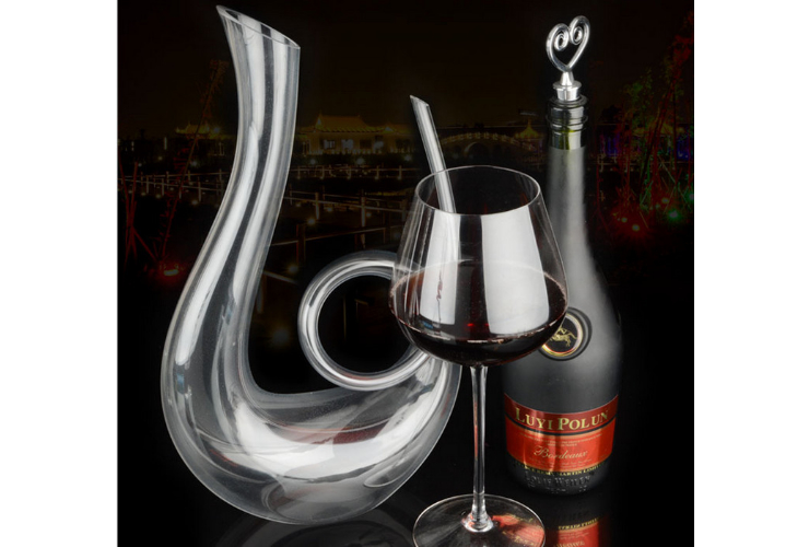 Lead-free Crystal Purely-handmade-blown Snail-shaped Wine Red Wine Wine-dispensing Vessel Decanter