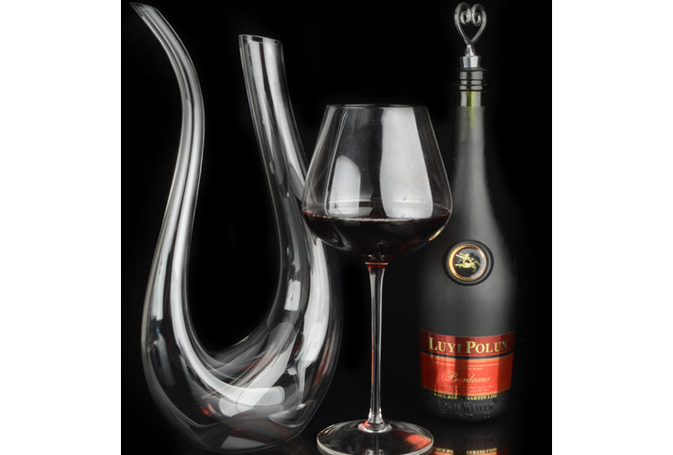 Lead-free Crystal Purely-handmade-blown U-shaped Wine Red Wine-dispensing Vessel Decanter