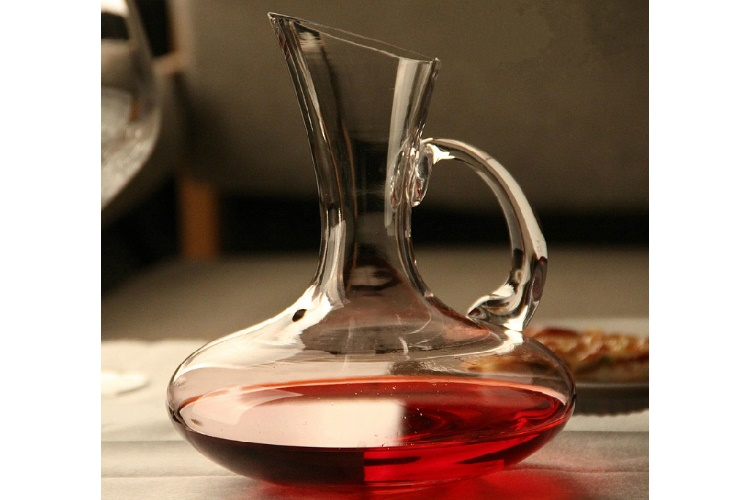 Tilted-mouth Lead-free Crystal Class Decanter Red Wine Distributor Handle Wine Container