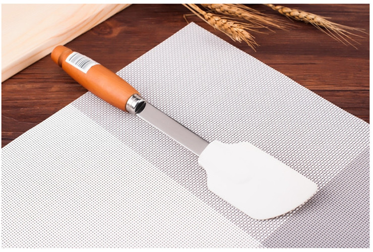 Stainless Steel Beech Handle Silica Butter Wiper Baking High-temperature Butter Knife