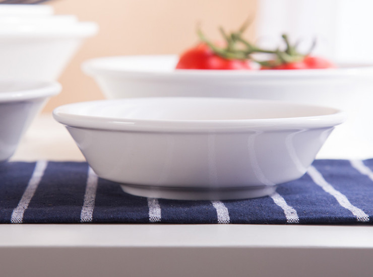 (Have Samples) Low Bone China Ceramic Edge Thick Korean Salad Bowl Strong Heat Insulation