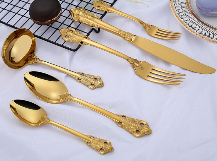 New 304 Stainless Steel Tableware Court Series Stainless Steel Cutlery Spoon Vintage Carving Western Knife And Fork