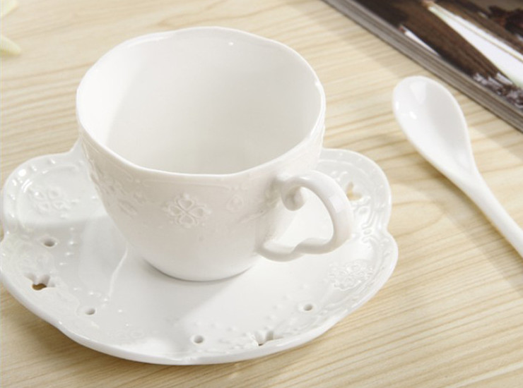 New Japanese Ceramic Coffee Cup Set Ceramic Cup Butterfly Relief Coffee Cup Disc Wholesale (No Spoon)
