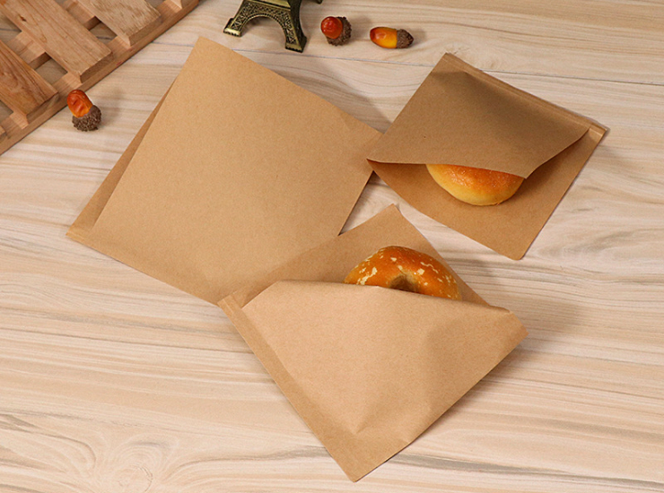 (Instant-pick Kraftpaper Triangular Paperbag Ready Stock) (Box/500 Pcs) Oil-Proof Kraft Paper Triangle Paper Bag Snack Food Bag Hamburger Takeaway Paper Bag