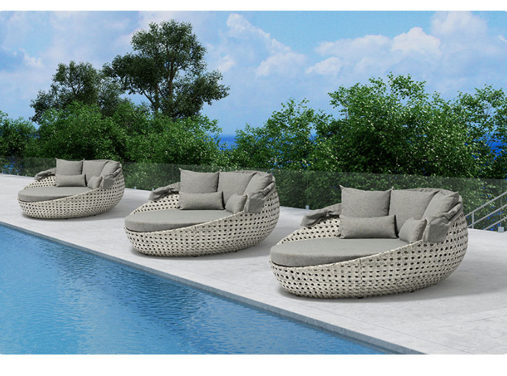 Outdoor Sunscreen Rattan Beach Lounger Hotel Swimming Pool Garden With Sunshade Large Bed Leisure Beach Round Bed (Delivery & Installation Fee To Be Quoted Separately)