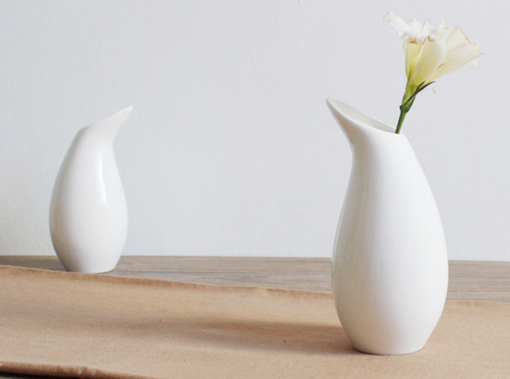 Simple Ceramic Flower Inserted Office Living Room Vase Home Decoration Decoration Creative Pure White Multi - Style Flower
