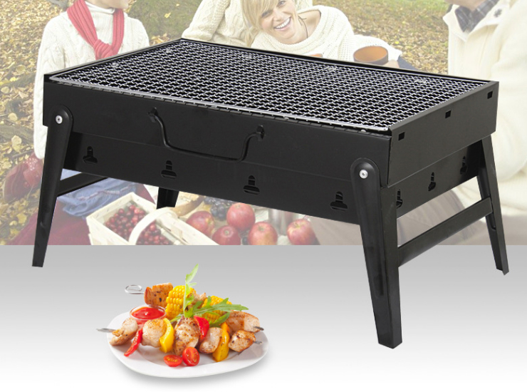 Thicker Version of The Wild Barbecue Grill Outdoor Portable Package Charcoal Grill Home Folding Barbecue (Medium)